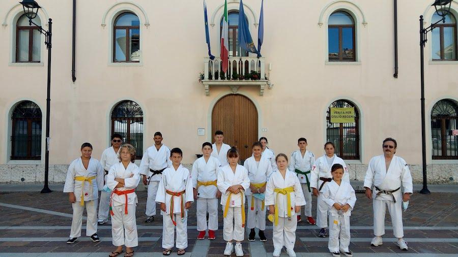 Judo on the square. Il Judo Club Tolmezzo in piazza XX Settembre