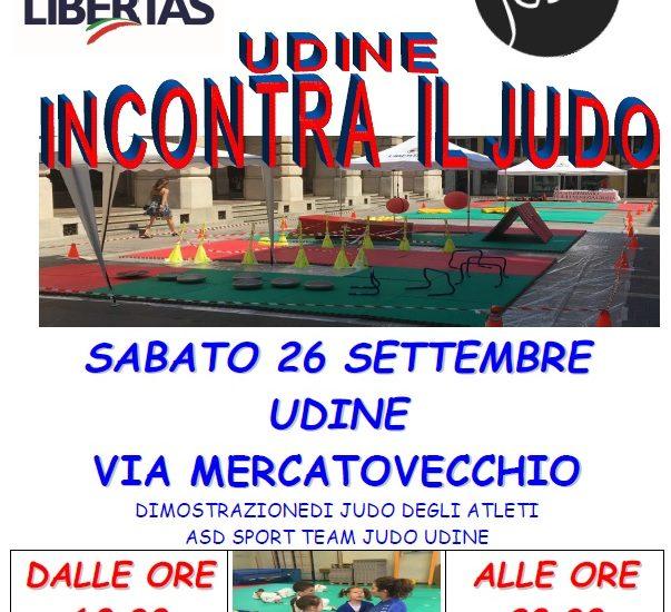 Udine incontra il judo. L'esibizione della Libertas Sport Team in via Mercatovecchio